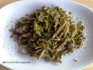 fettuccine di canapa agli asparagi